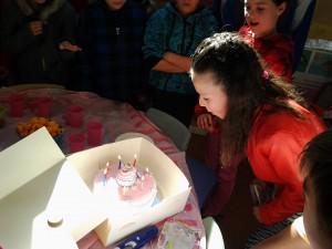 Emma-Jane's Mum brought in the mosrt fabulous birthday cake to celebrate Emma-Janes birthday. YUM