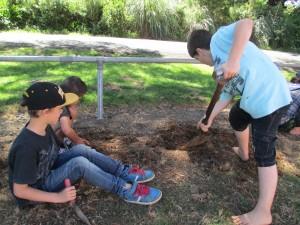 digging 002