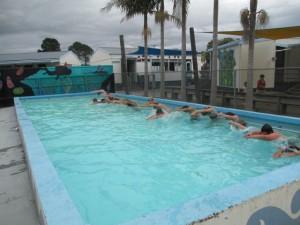 kobe swim crik 007 (Small)