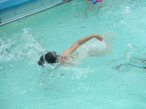 kobe swim crik 009